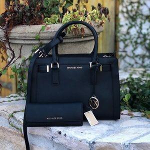 NWT Michael Kors md Dillon handbag&wallet